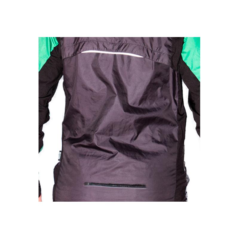 Extra pocket back